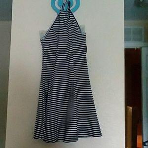 Dresses & Skirts - NWT Halter dress